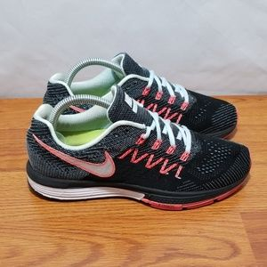 Nike Zoom Vomero 10 Running Shoes